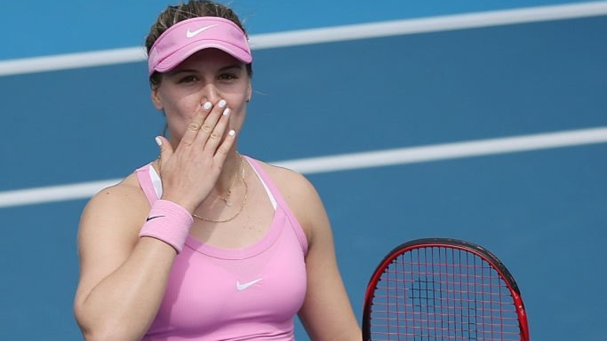 Eugenie Bouchard wishes she had a boyfriend during quarantine and the internet didn't disappoint