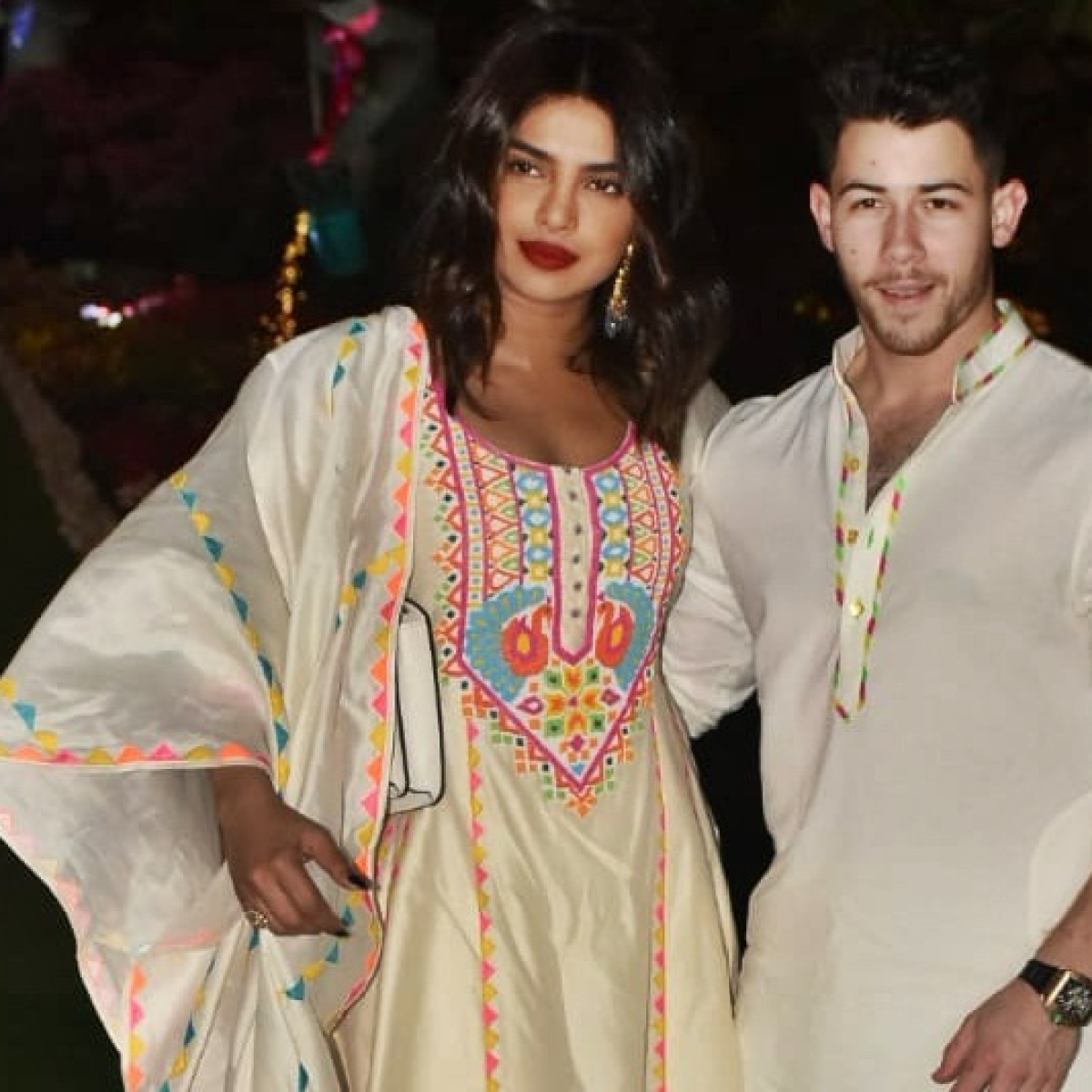 Coronavirus scare for Priyanka Chopra,  refuses to shake hands at Isha Ambani's Holi bash