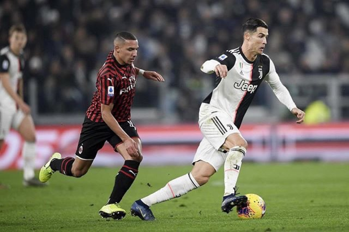 Cristiano Ronaldo playing for Juventus FC in Serie A
