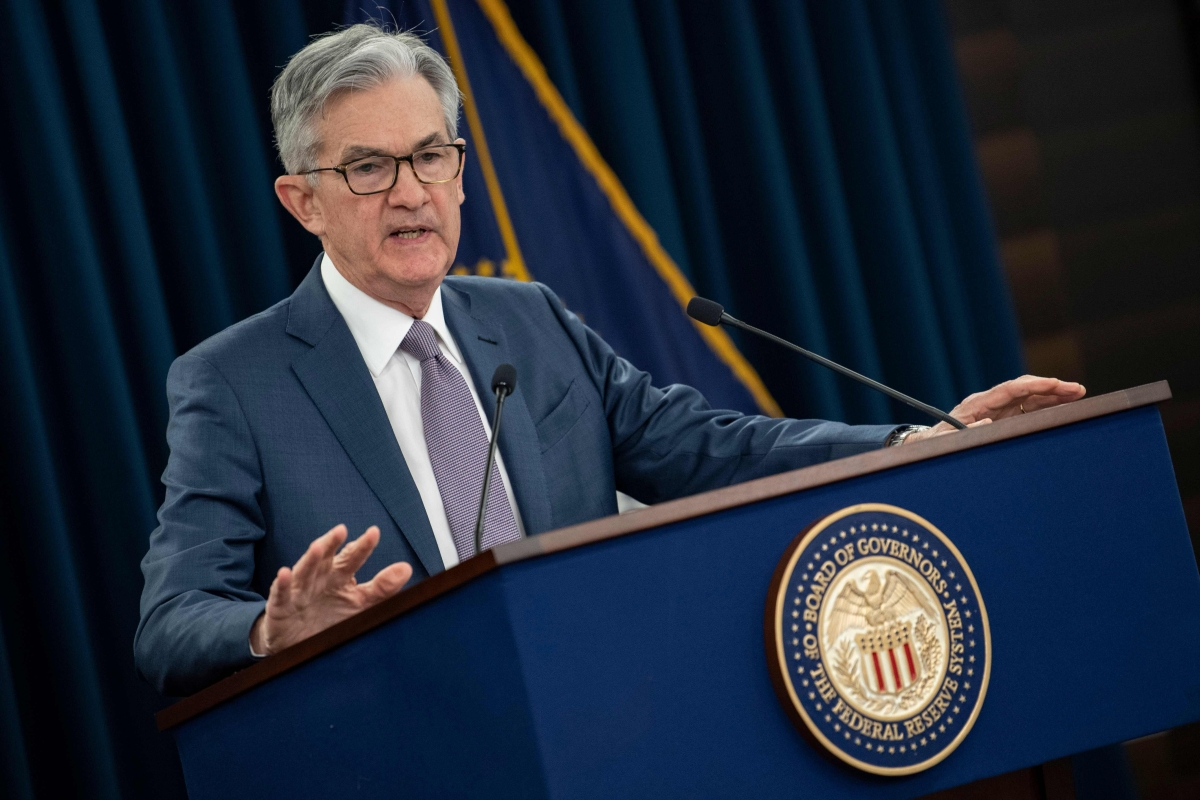 Powell warns of a possible sustained recession from pandemic