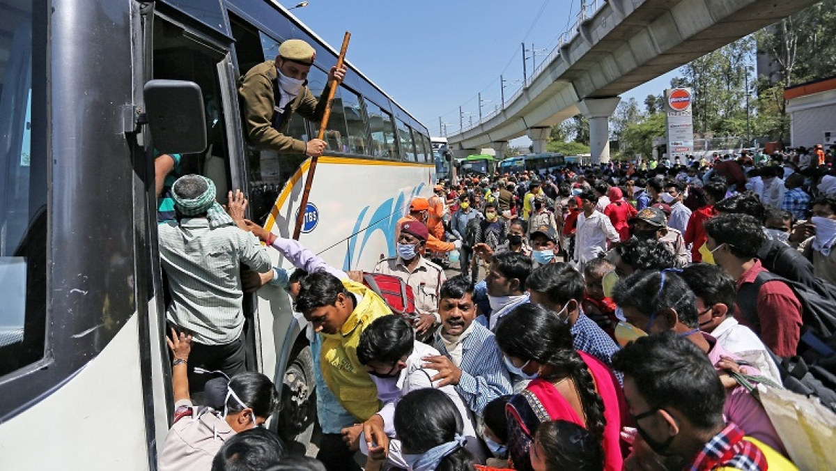 #ArrestKejriwal trends on Twitter after hundreds of migrants gather to board home-bound buses amid coronavirus lockdown