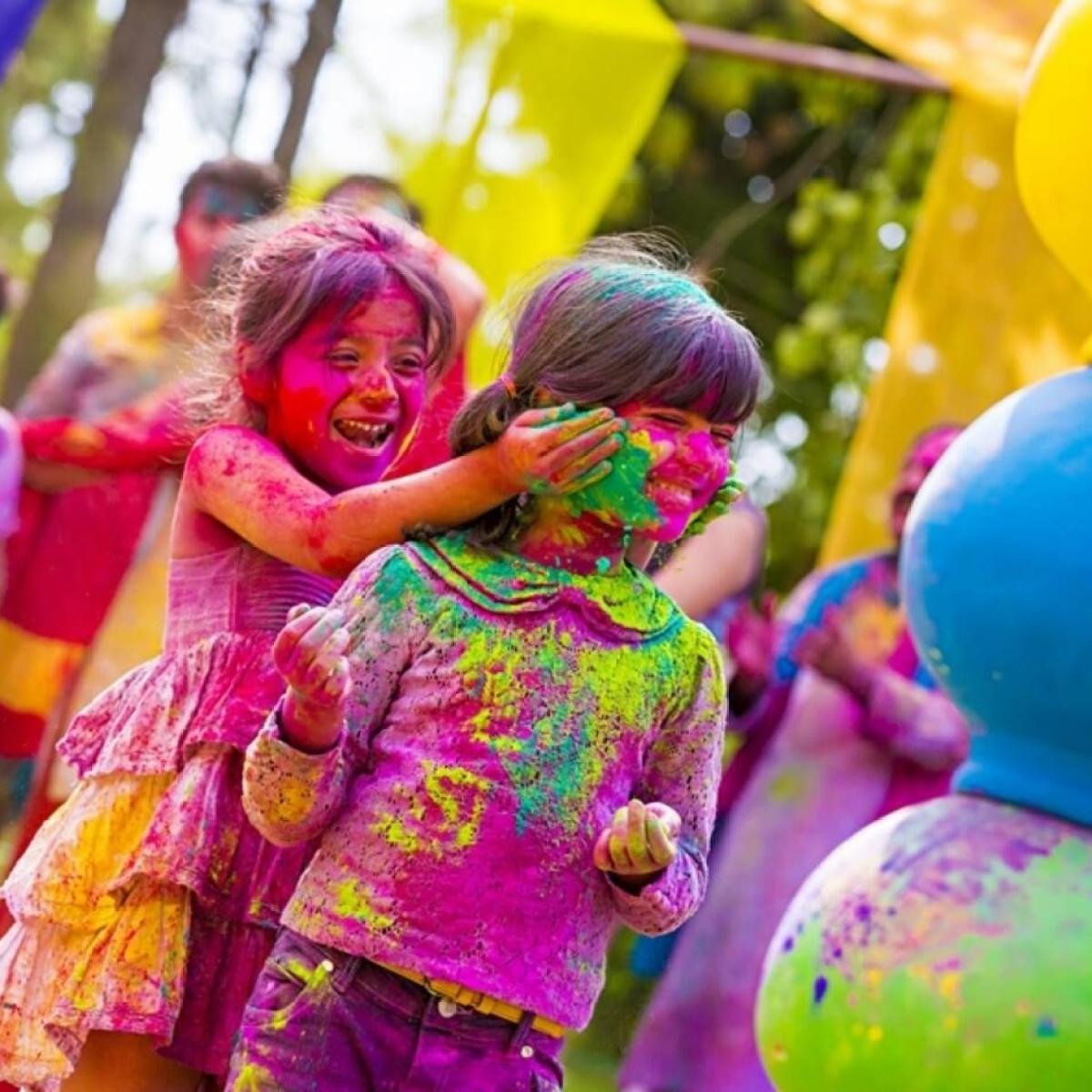 Doc Destiny: Significance of Holi colours