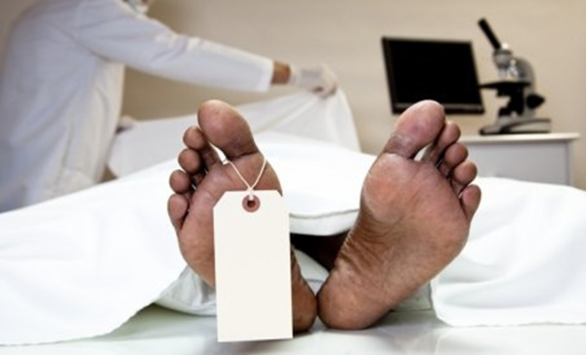 Mumbai: Staffer found dead with head injury in hospital lift