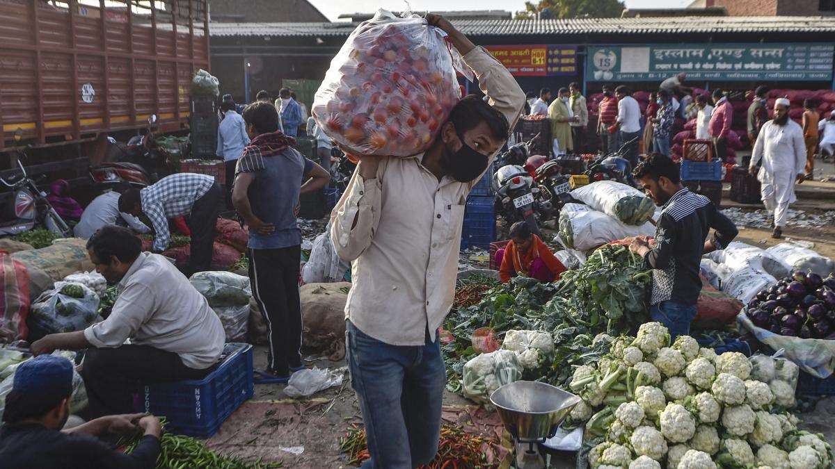 People buy vegetables after lockdown in announced in Ghaziabad
