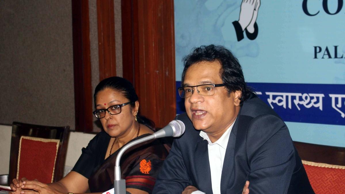 PS Health Pallavi Jain Govil and Commissioner Prateek Hajela at a seminar on Corona virus at Hotel Palash in Bhopal on Wednesday.