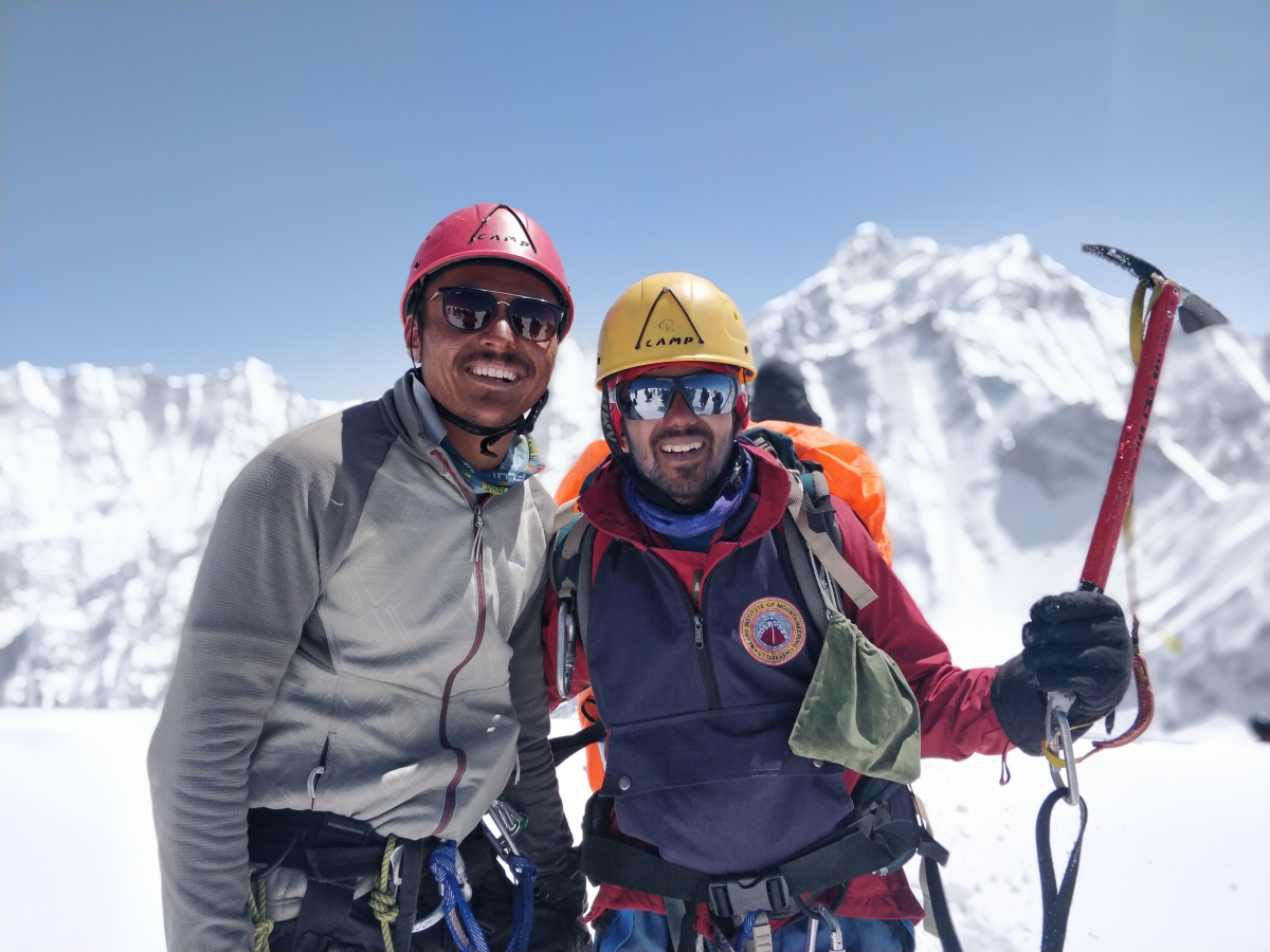 Harshvardhan Joshi (R) during one of his expedition.