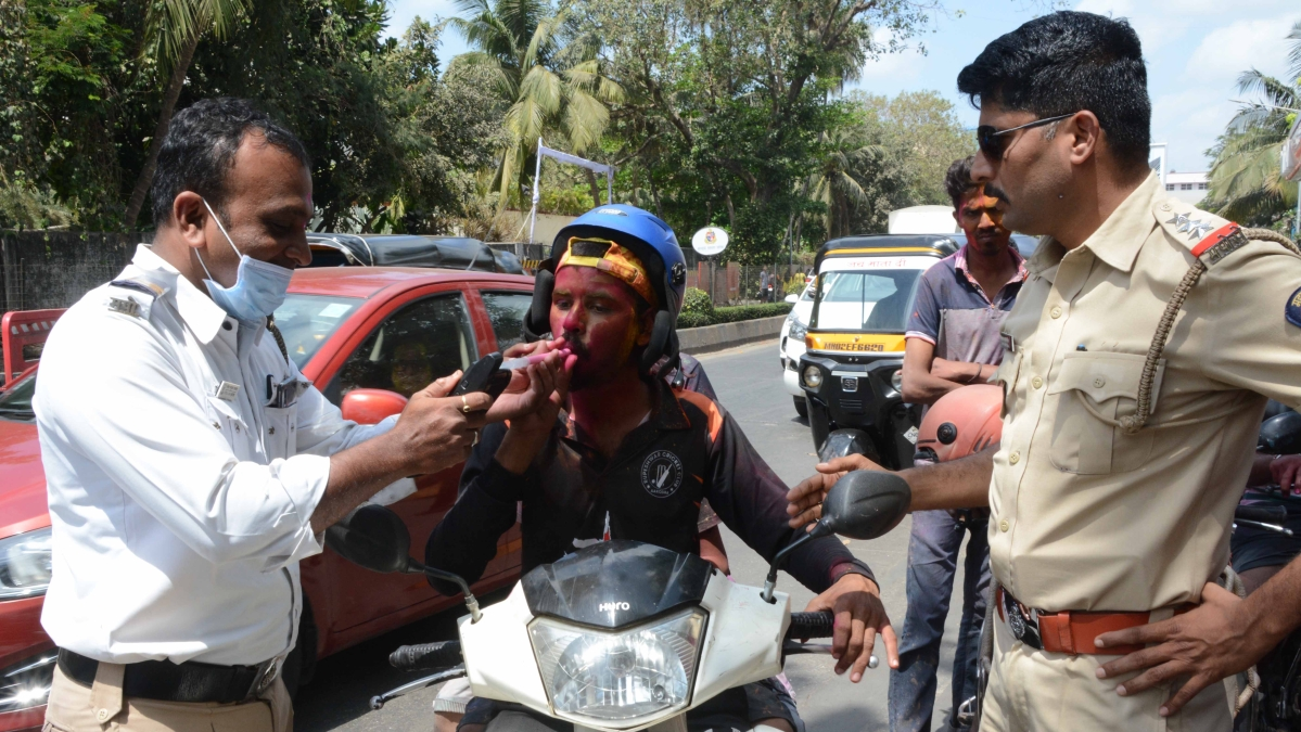 Traffic Police Checking Drunk and Drive for occasion of Holi at Juhu Tatra road