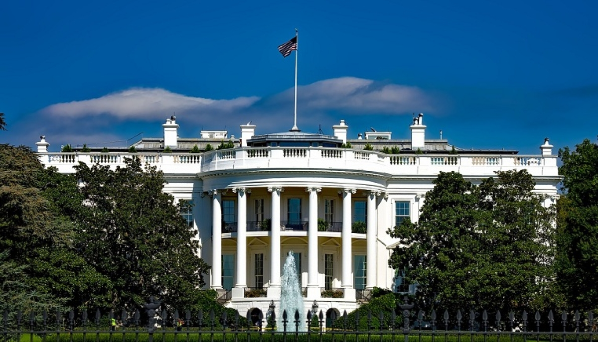 White House considers issuing long-term bonds to finance stimulus package: media
