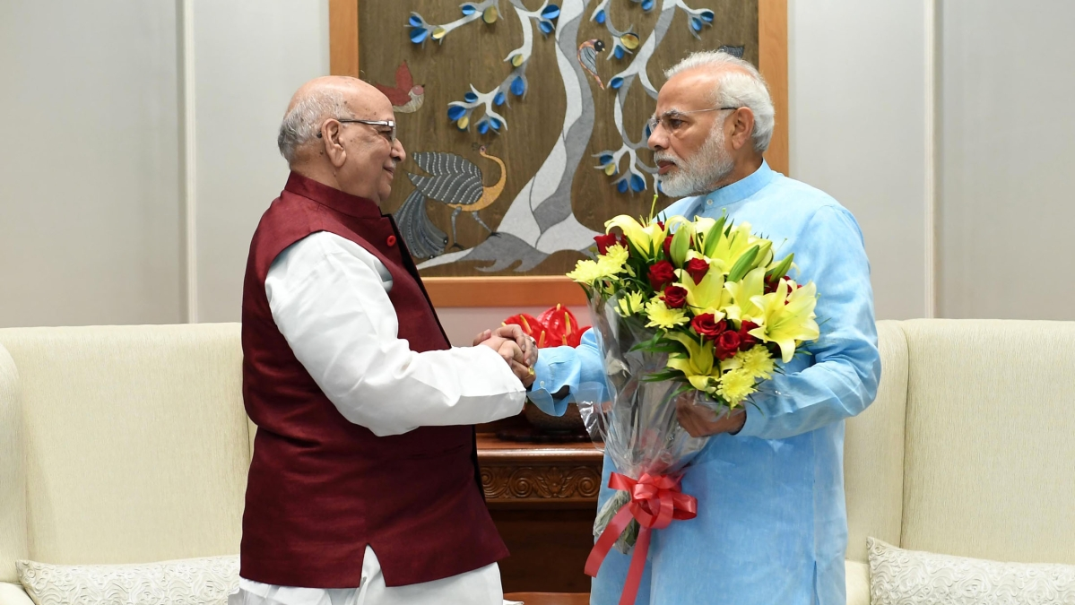 MP Governor Lalji Tandon with Pm Narendra Modi