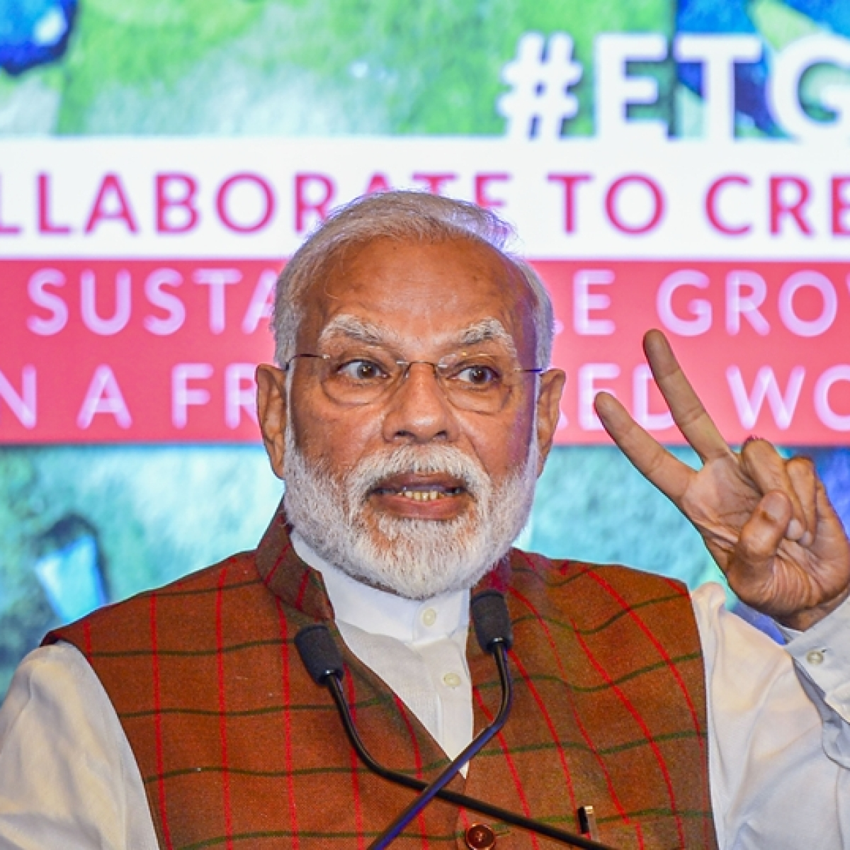'May this festival bring happiness': PM Modi extends greetings on Holi 2020