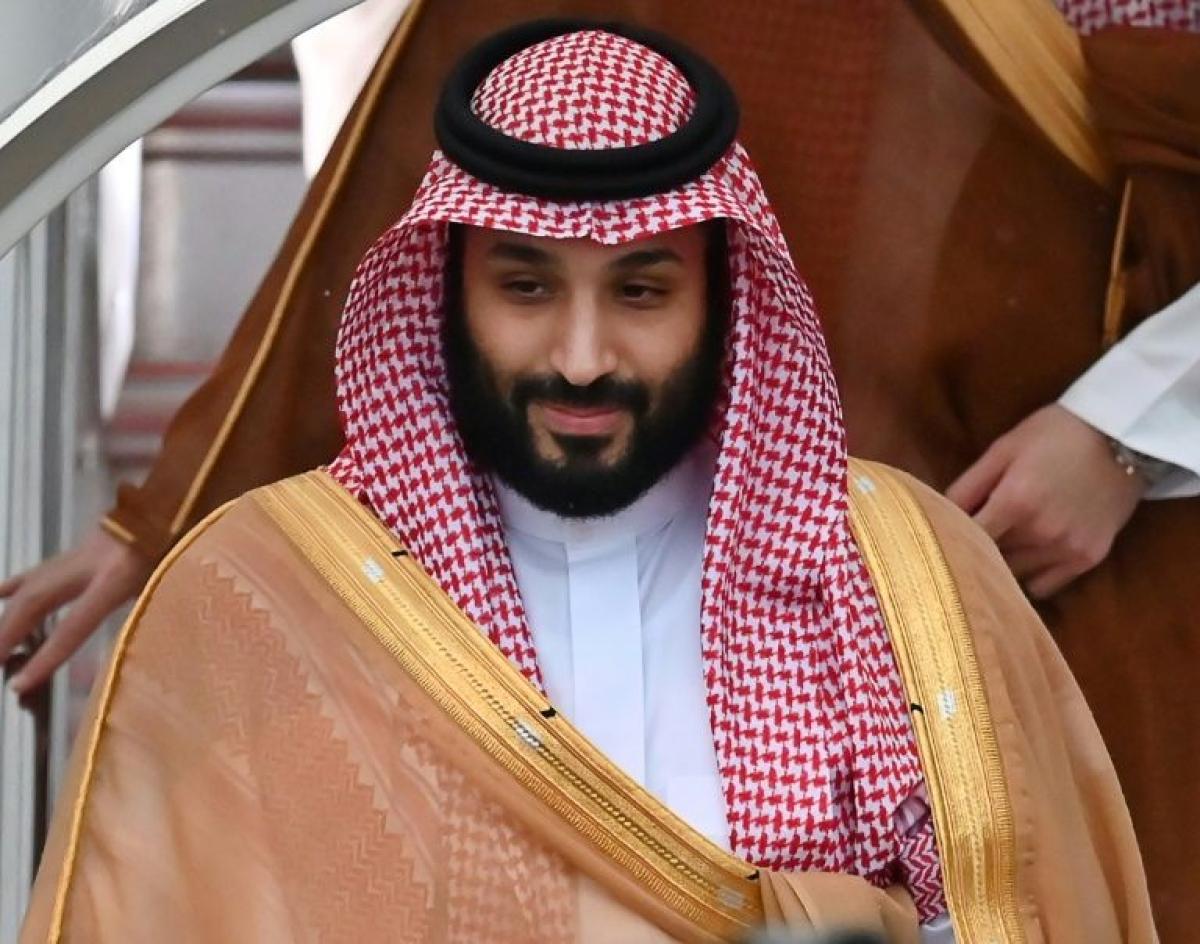 Saudi Arabia triples taxes, cuts $26B in costs amid pandemic