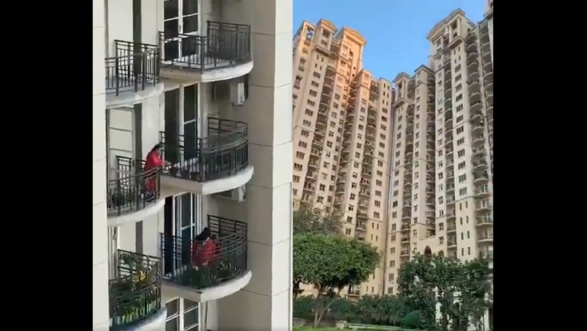Coronavirus in India: Watch Gurgaon residents sing the Gayatri Mantra from their balconies