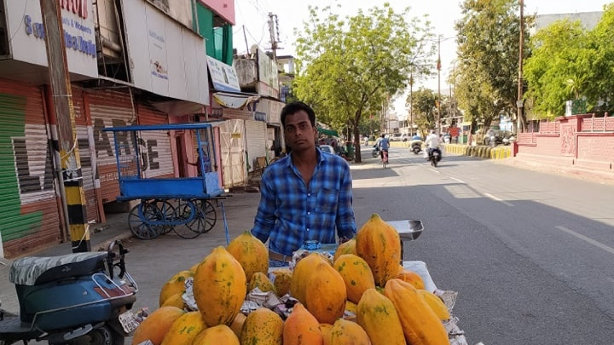 Ujjain: Locals demand administration to resume sale of fruits