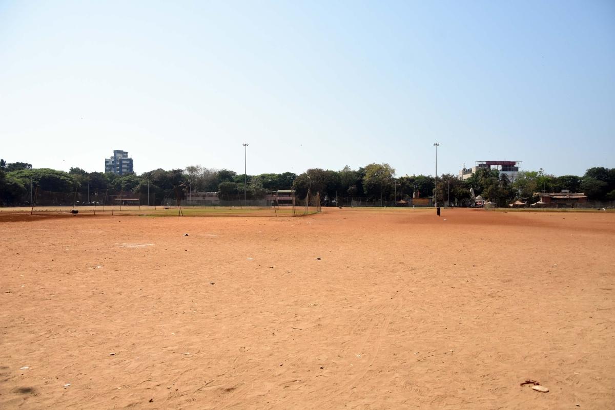 The iconic Shivaji Park at Dadar is nearly empty on Mumbai.