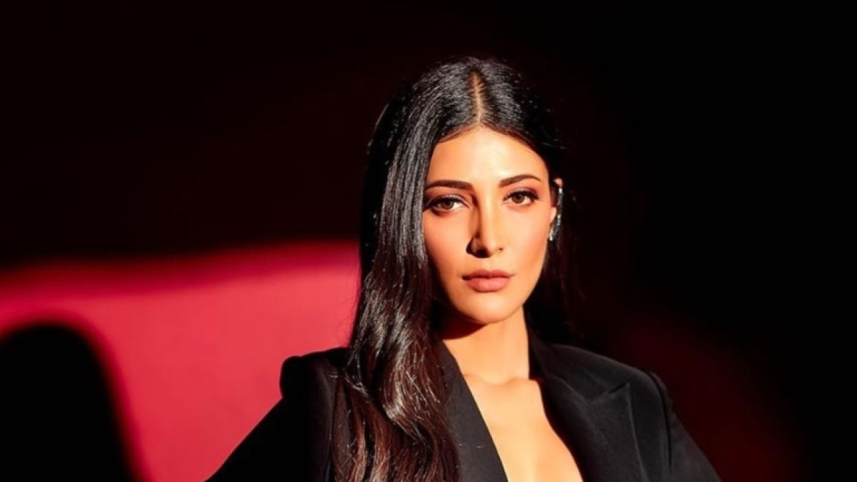 My dad never punished or yelled at me, says Shruti Hassan