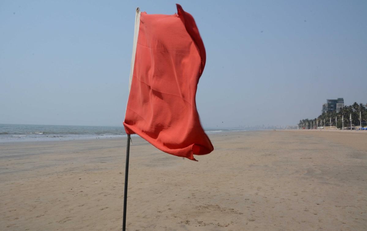 Juhu beach has banned visitors in order to fight coronavirus pandemic.