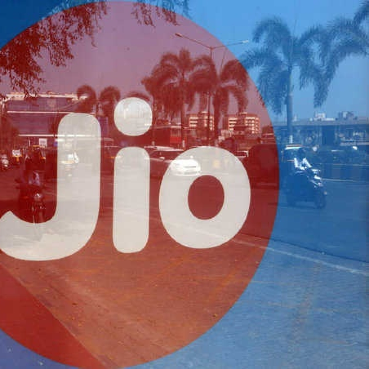 Mubadala Investment Company eyes stake in Jio Platforms: Source