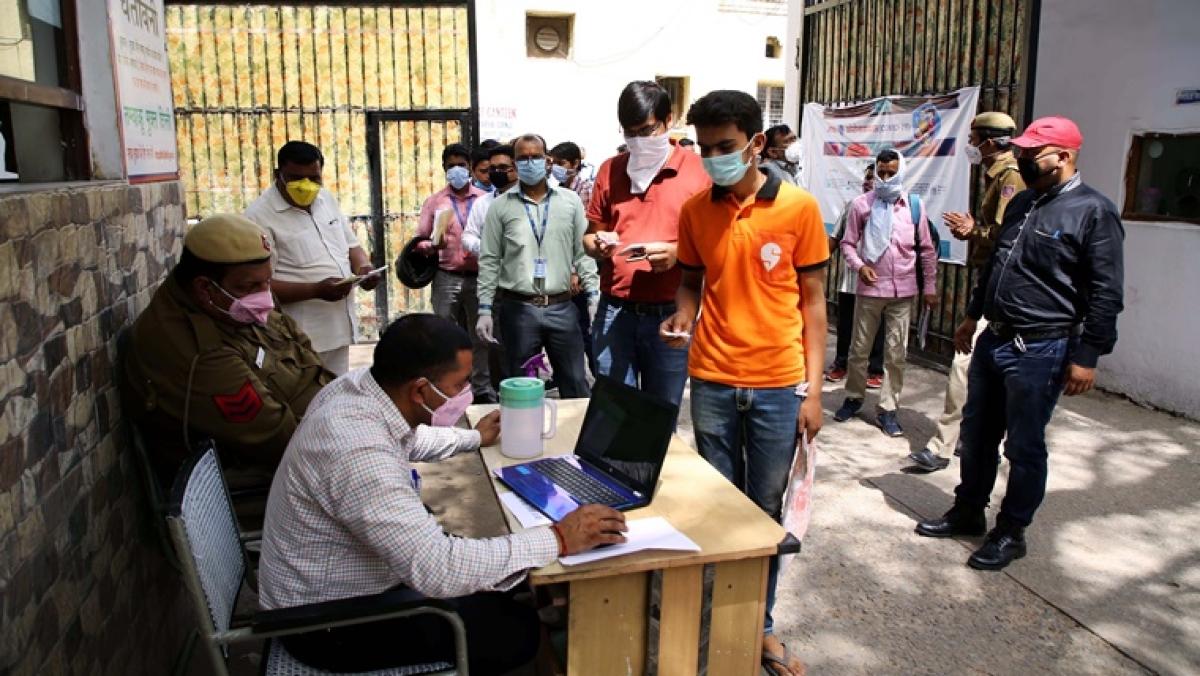 Coronavirus update: Delhi Mohalla clinic doctor, wife, daughter tests positive for coronavirus; visitors sent to home quarantine