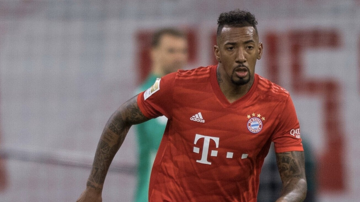 Jerome Boateng defends his error against Messi with cheeky reply to fan
