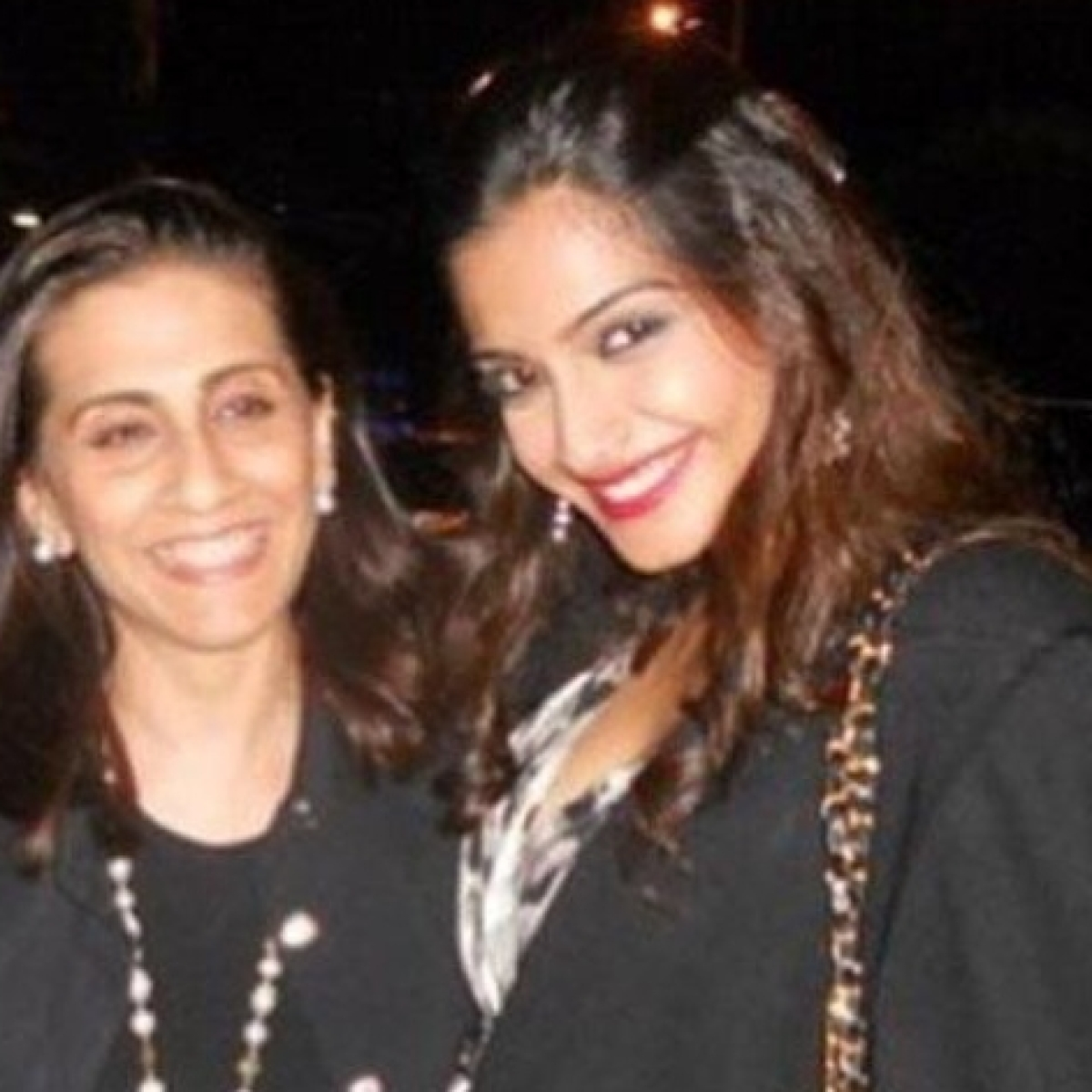 'I'm lucky to call myself your daughter': Sonam Kapoor's birthday wish for mom Sunita