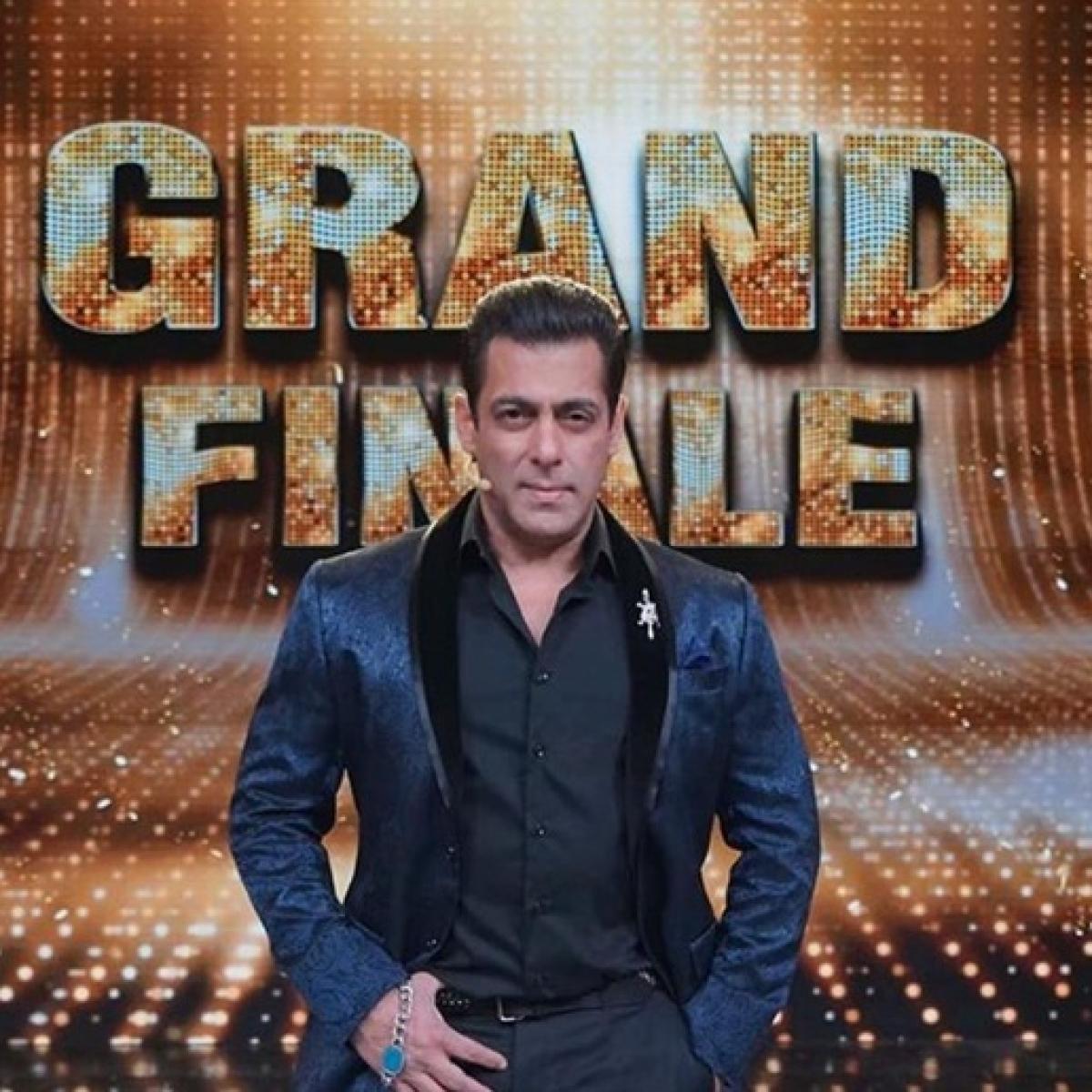 Ouii Ma! Salman Khan thanks fans as his Instagram following hits 30 million