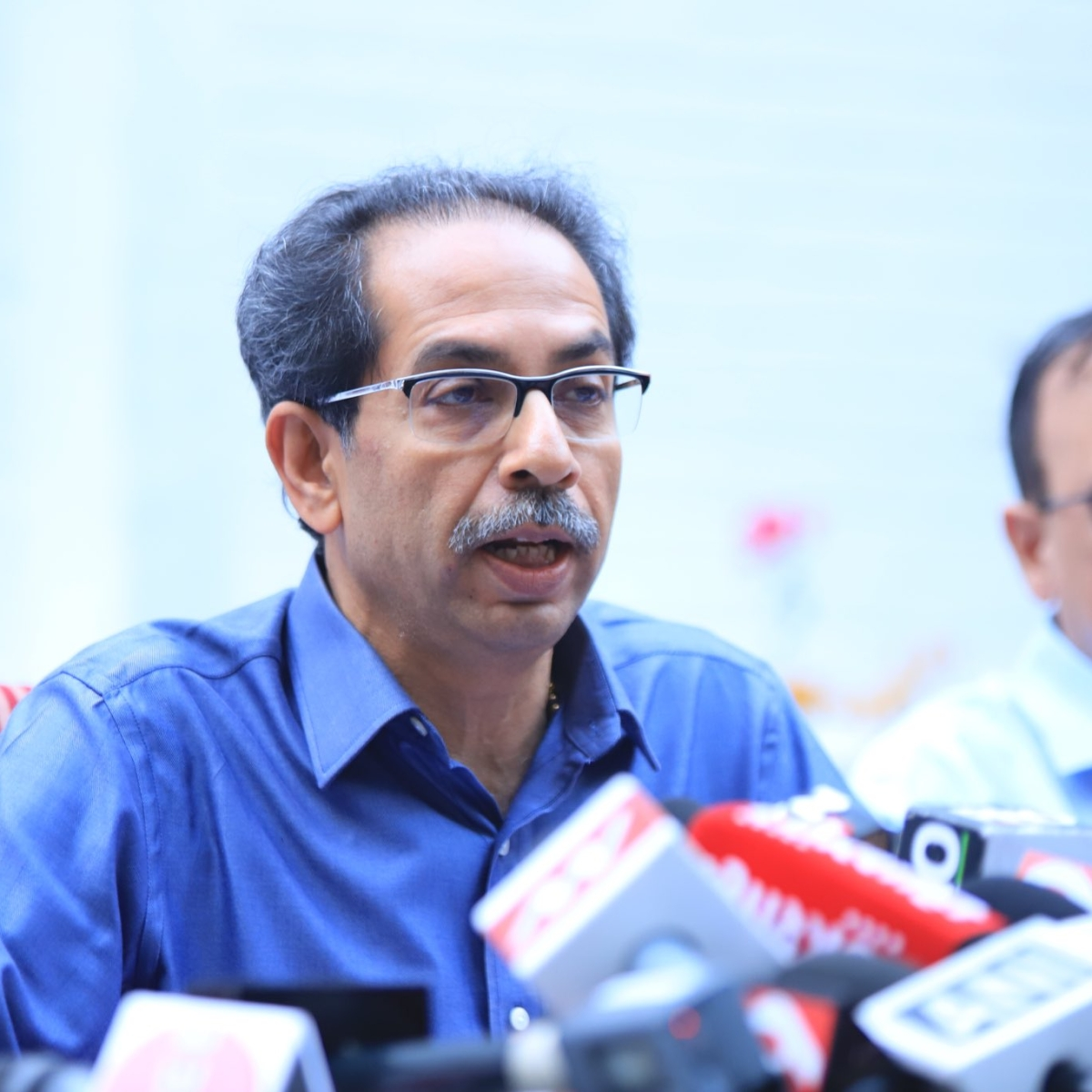 'Railways and buses cannot be stopped': Uddhav Thackeray; Only 25% govt officers to be called to offices amidst coronavirus pandemic