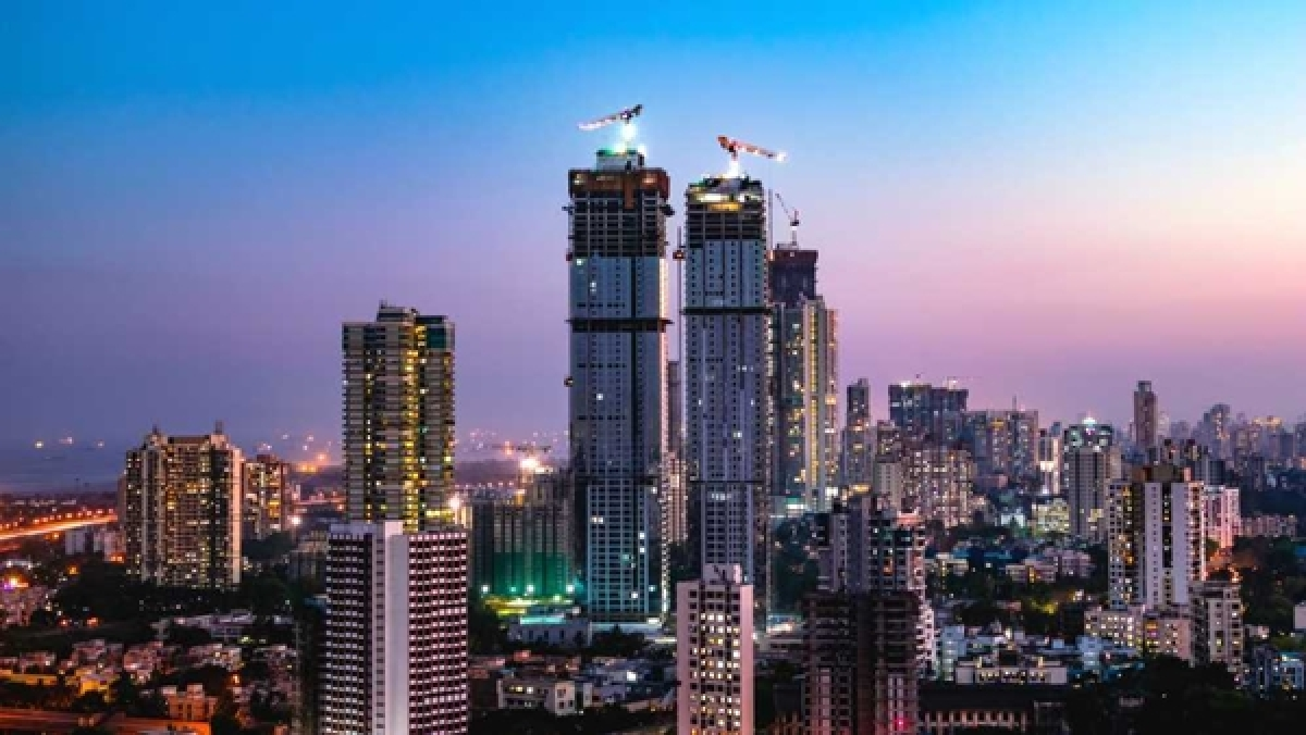 Maha govt admits Rs 137 crore loss due to undervaluing of Mumbai properties