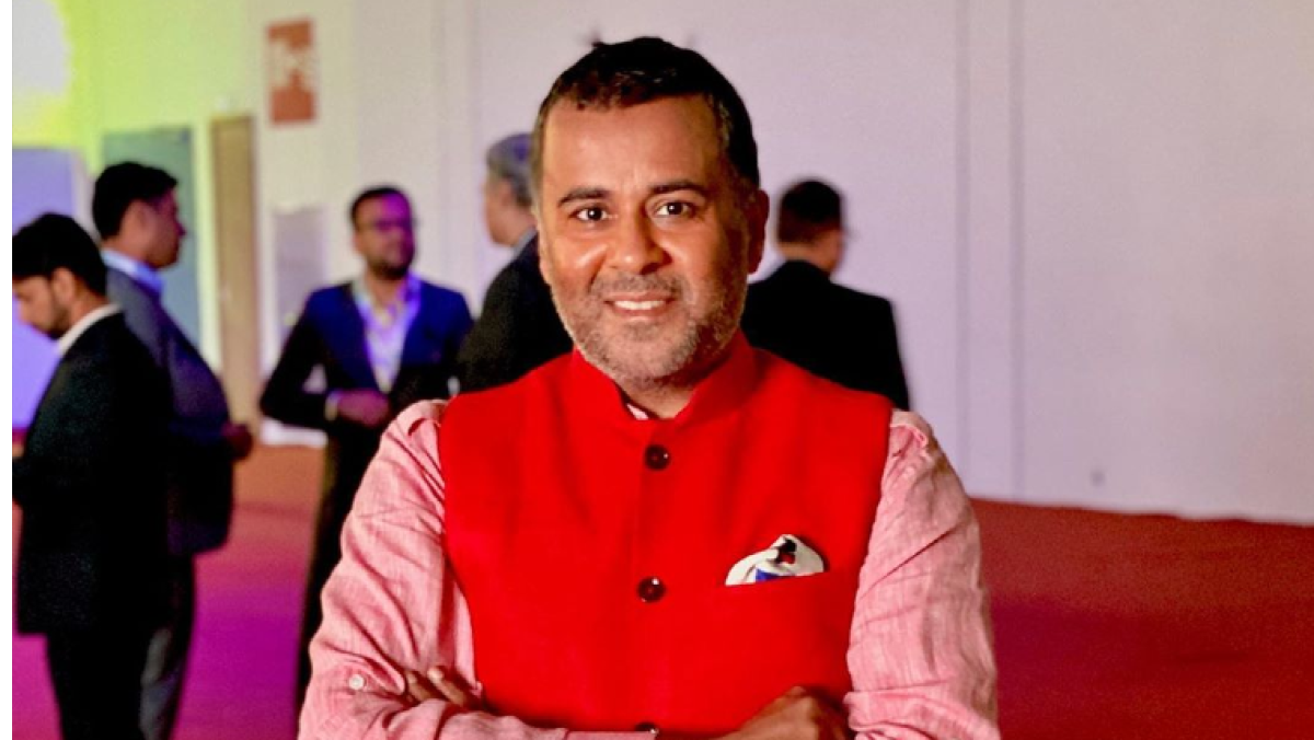 Chetan Bhagat divided Indian Twitter into states and Twitter had quite a reaction