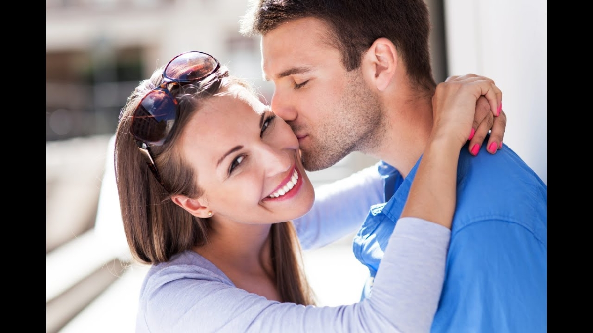 Scent of a woman: Men can identify if she's sexually aroused, finds new study