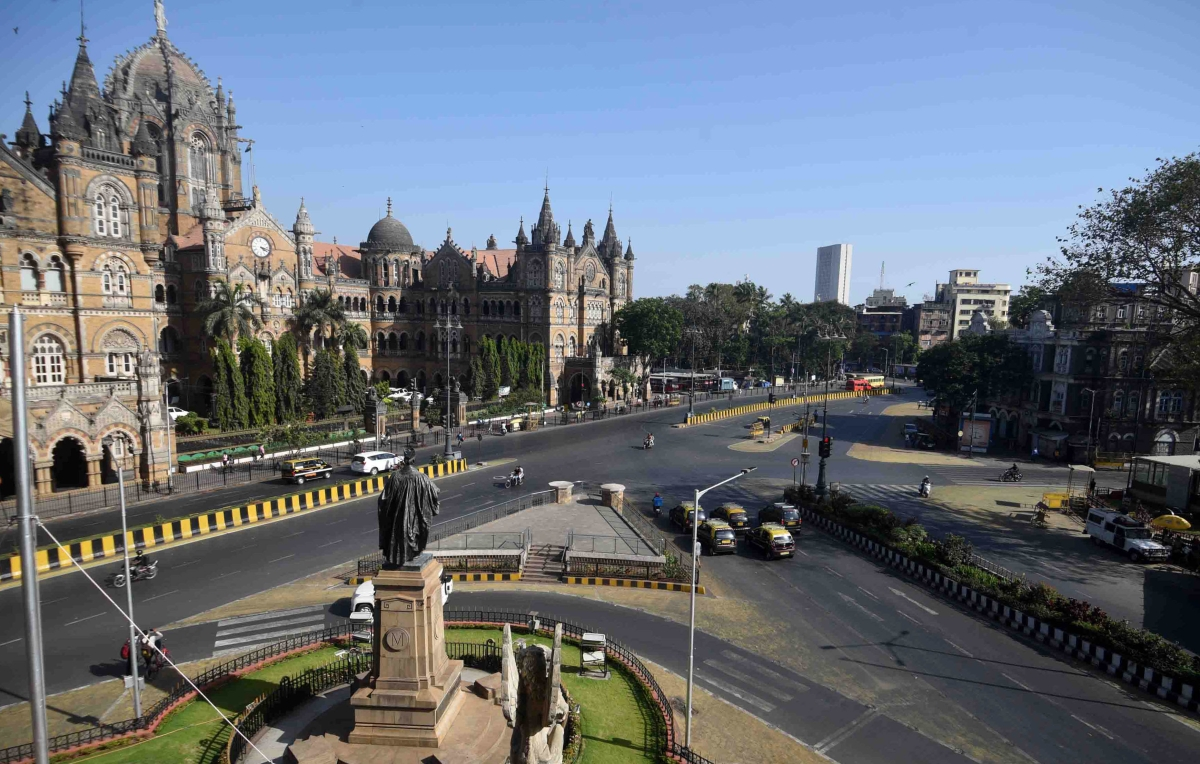 Coronavirus in Mumbai: City grinds to halt