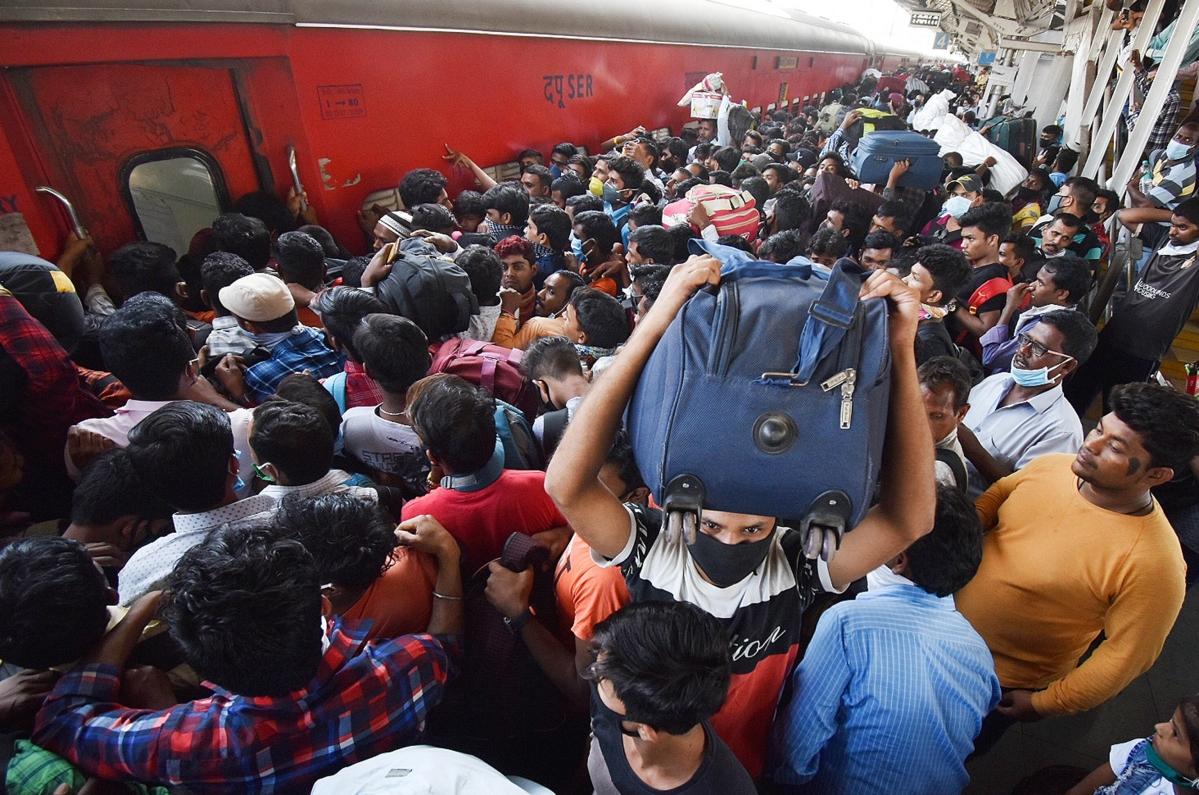 Mumbai: After Corona, Exodus Virus