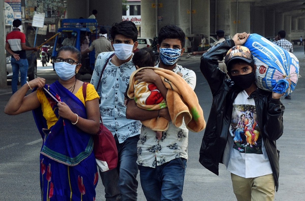 Latest coronavirus update: 3rd death in Gujarat supply of essentials haunts state