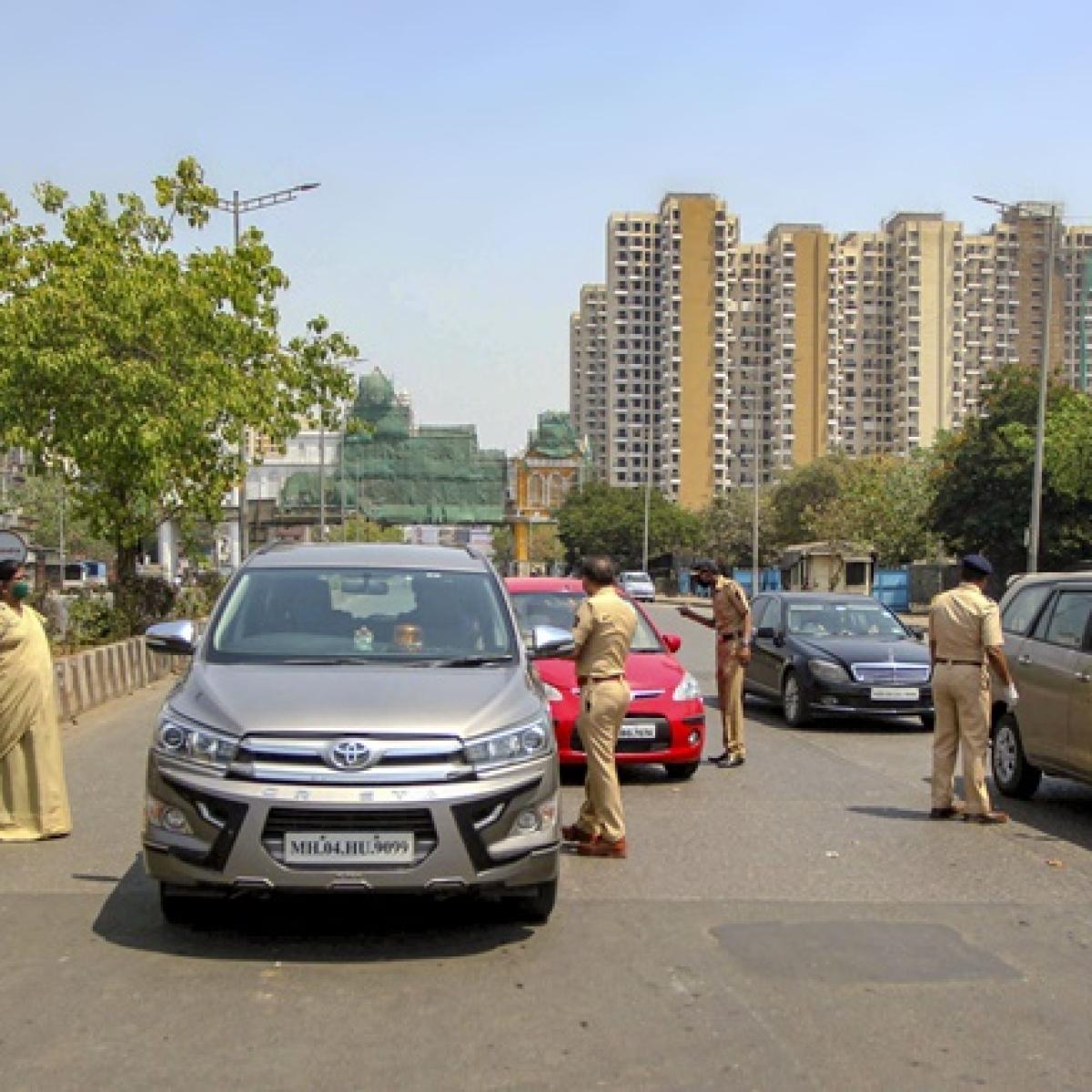 Hit-and-run during lockdown; Cop run over by vehicle at Vasai Evershine Circle