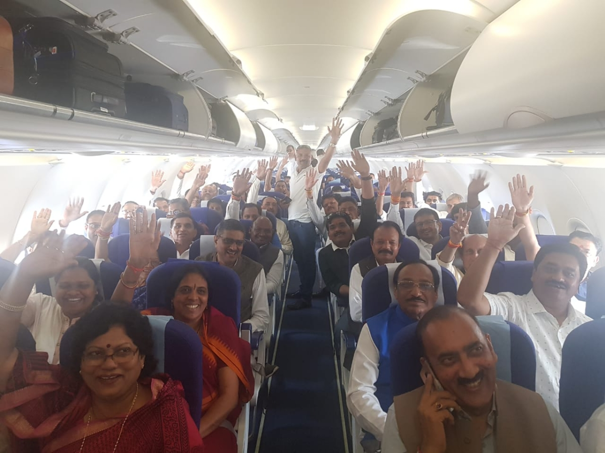 Congress MLAs on the Bhopal-Jaipur flight
