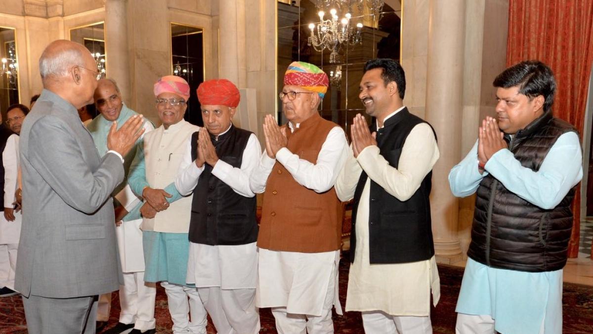 President Kovind seen with Dushyant Singh who met Kanika Kapoor