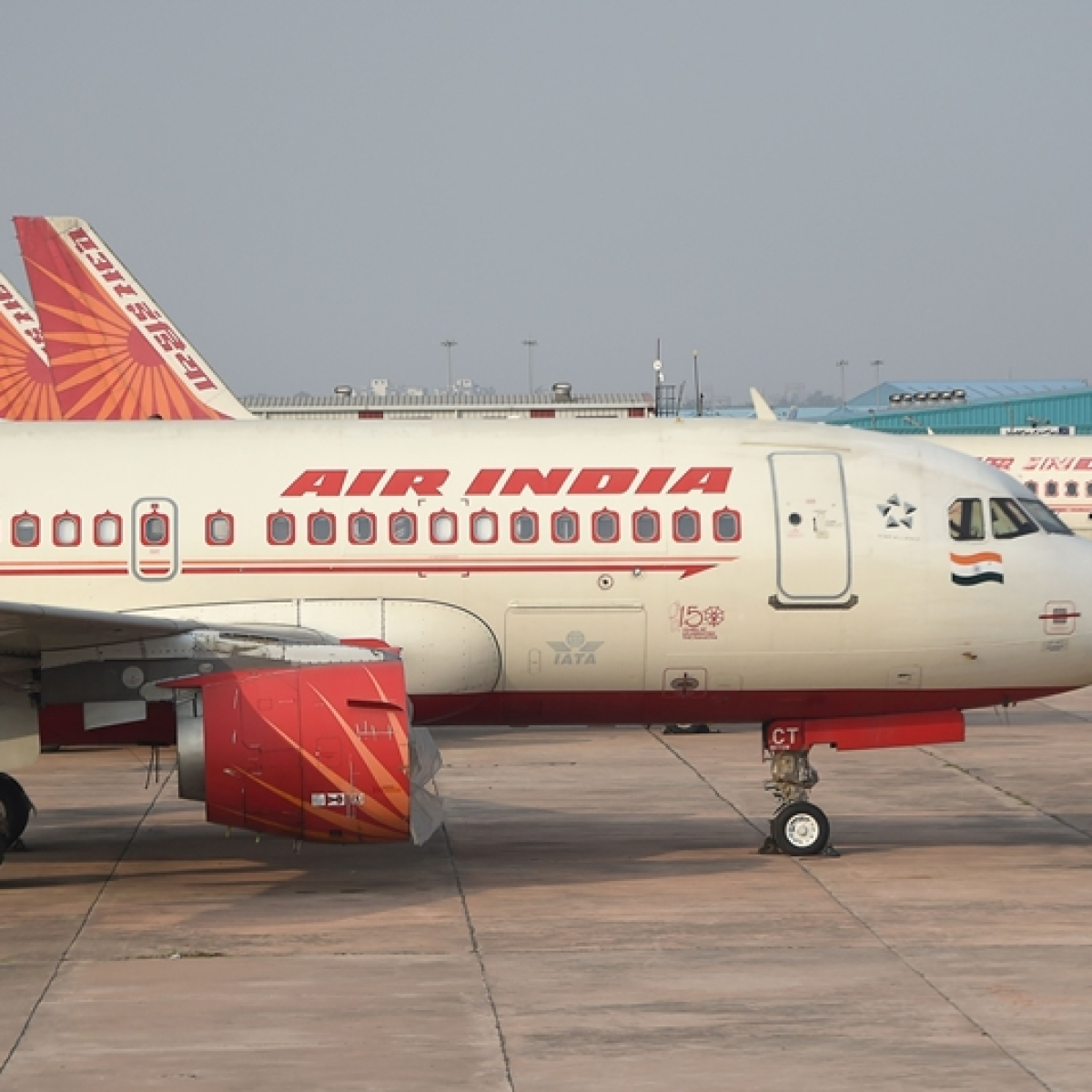 Air India stops bookings for domestic, international flights till April 30