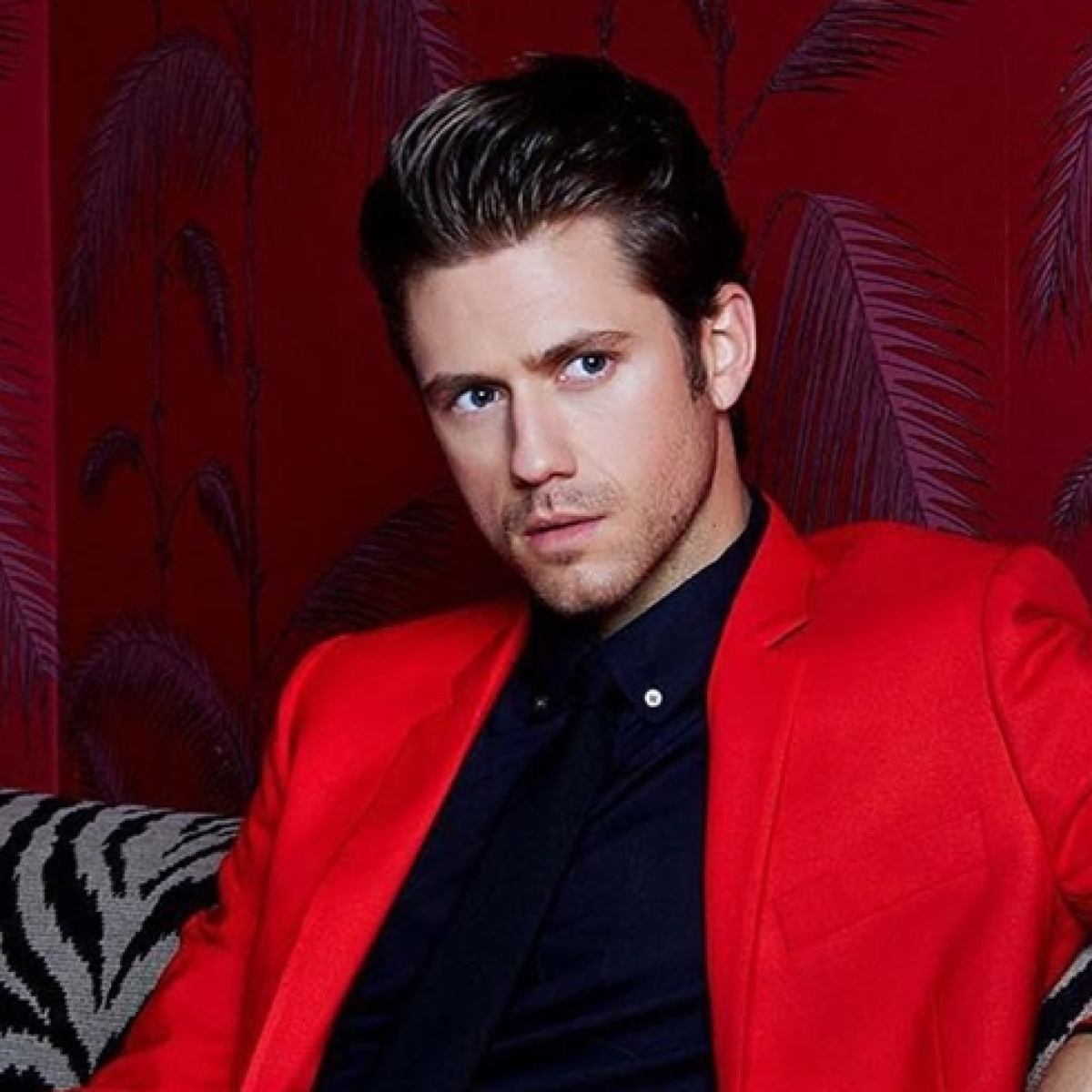 'Les Miserables' star Aaron Tveit tests positive for coronavirus