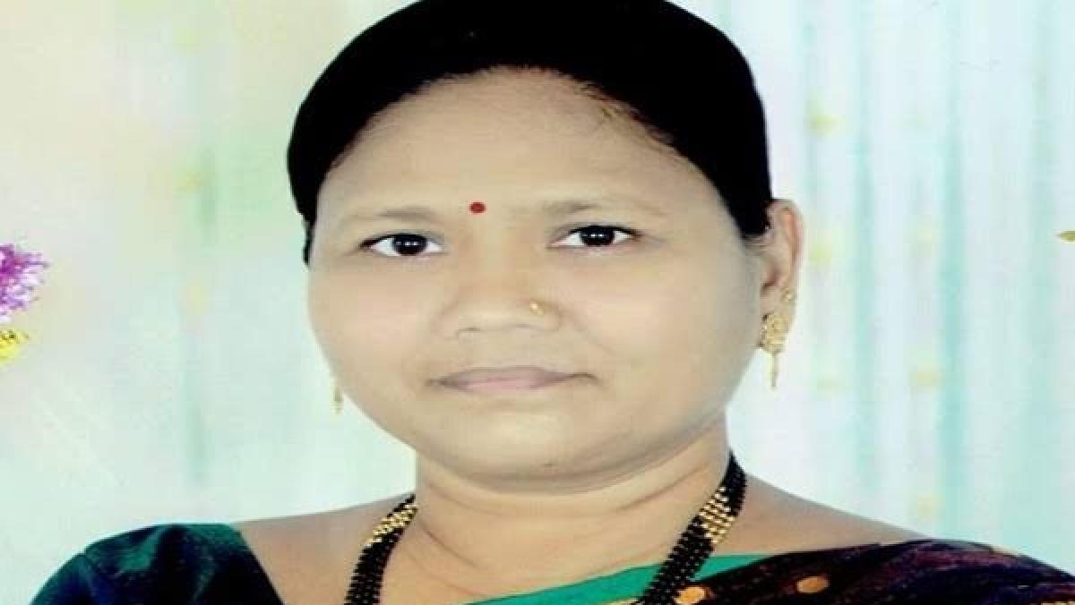 MBMC Mayor Jyotsna Hasnale visits 13 under observation at quarantine