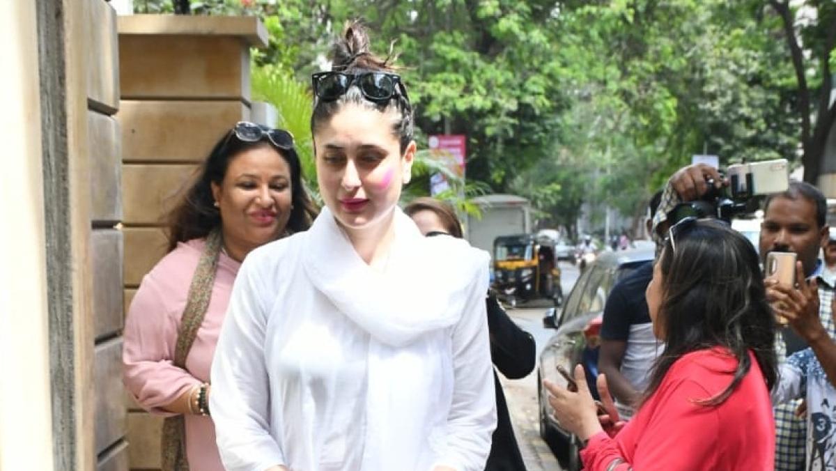 Kareena Kapoor Khan, Saif Ali Khan and their little munchkin Taimur were spotted in Bandra, on Tuesday