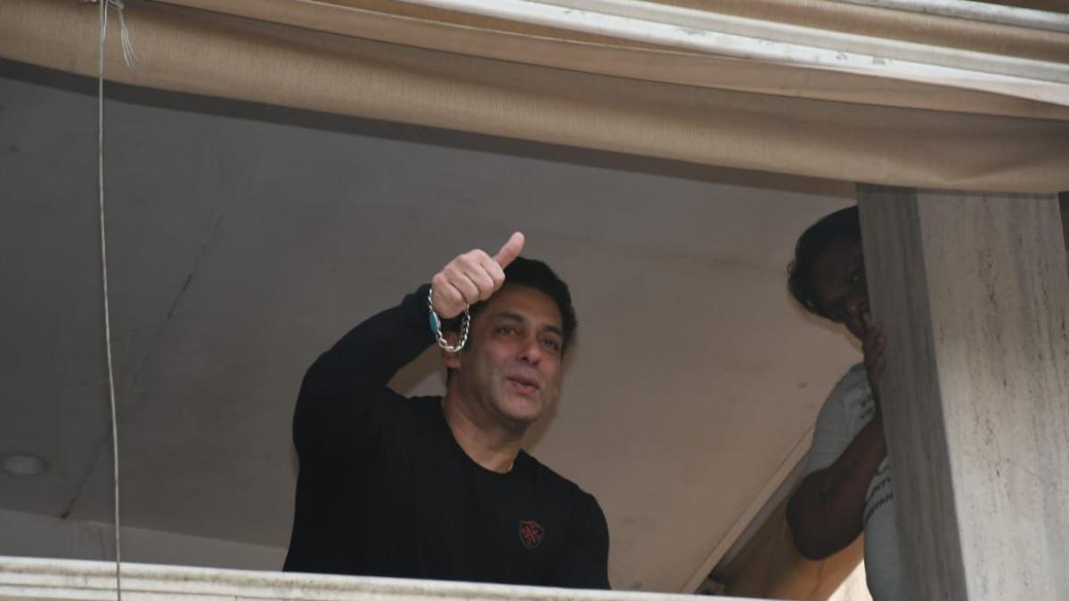 Salman Khan thanks fans for observing lockdown rules on Shab-e-Barat
