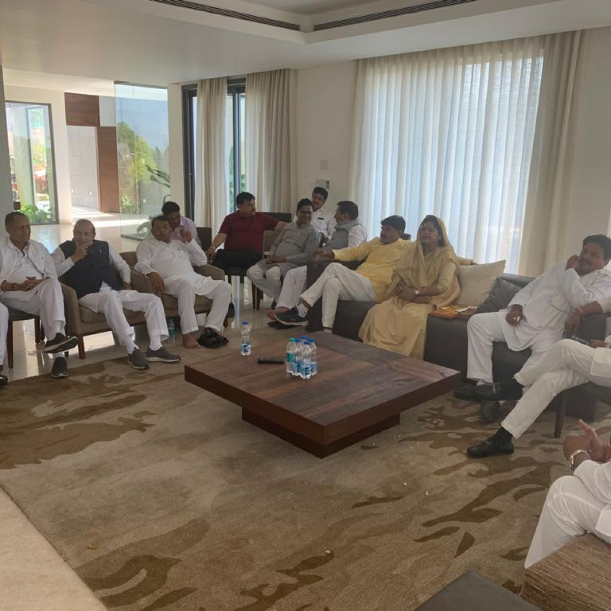 Rebel Congress MLAs refuse to return to Bhopal over security fears