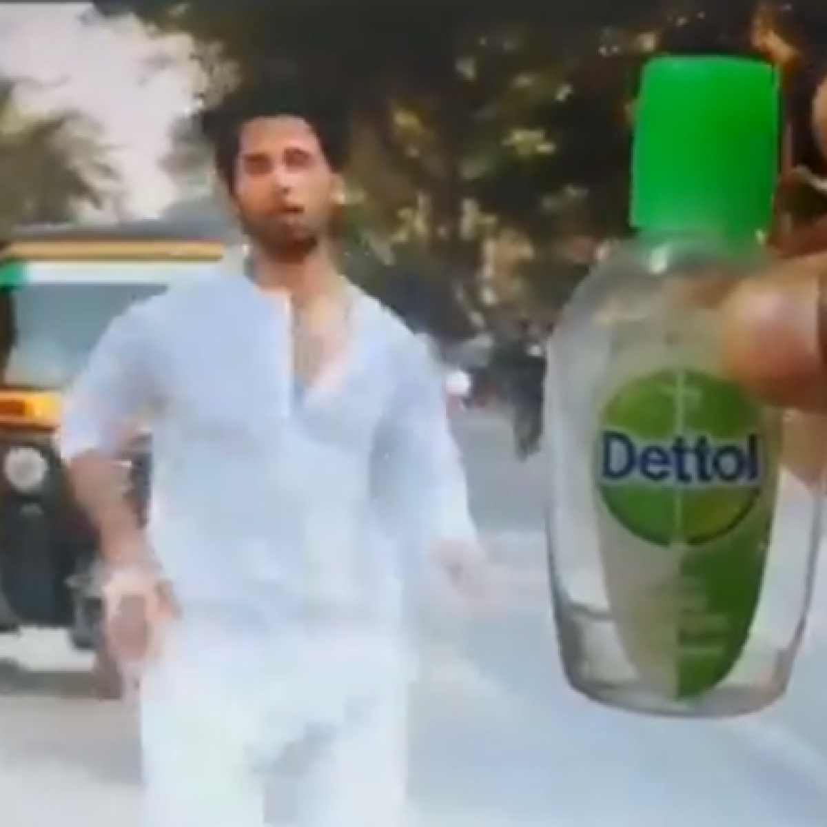 Watch: Shahid Kapoor's 'Kabir Singh' runs for a hand sanitiser amid coronavirus outbreak