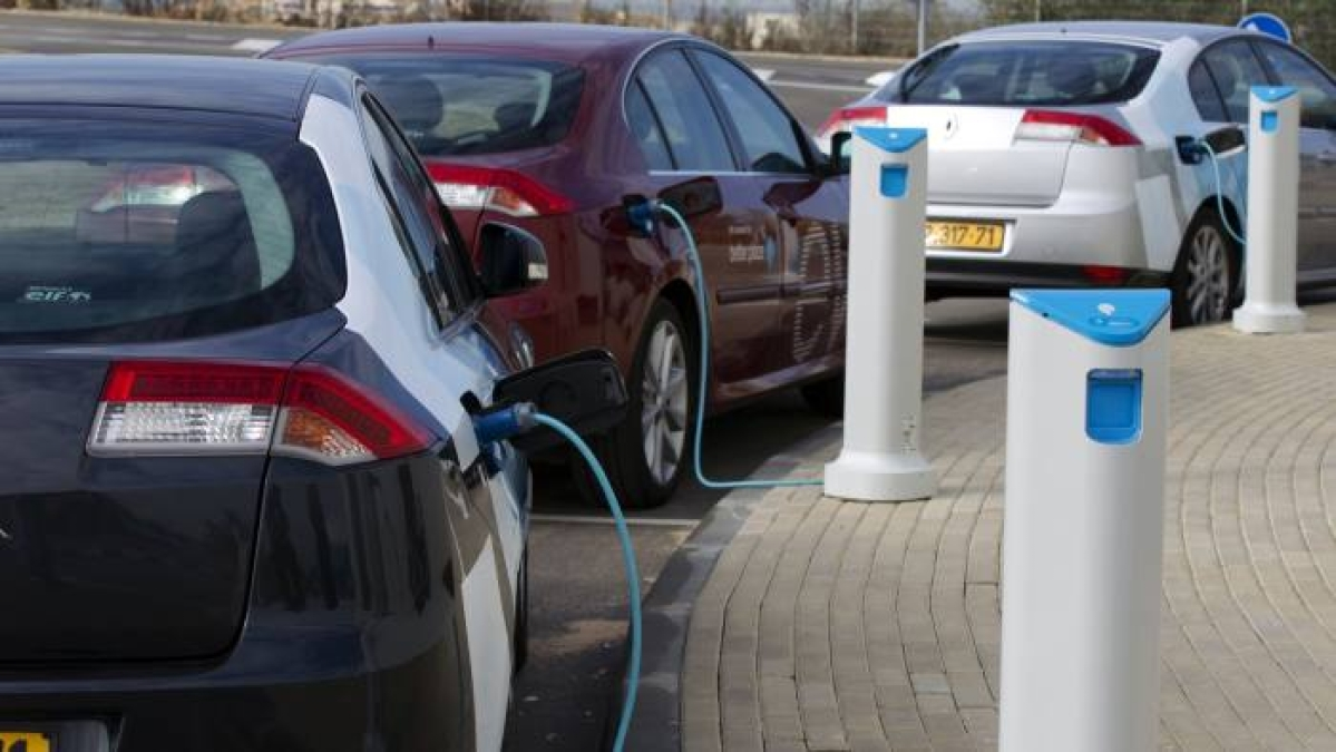 Electric cars produce less CO2 than petrol vehicles