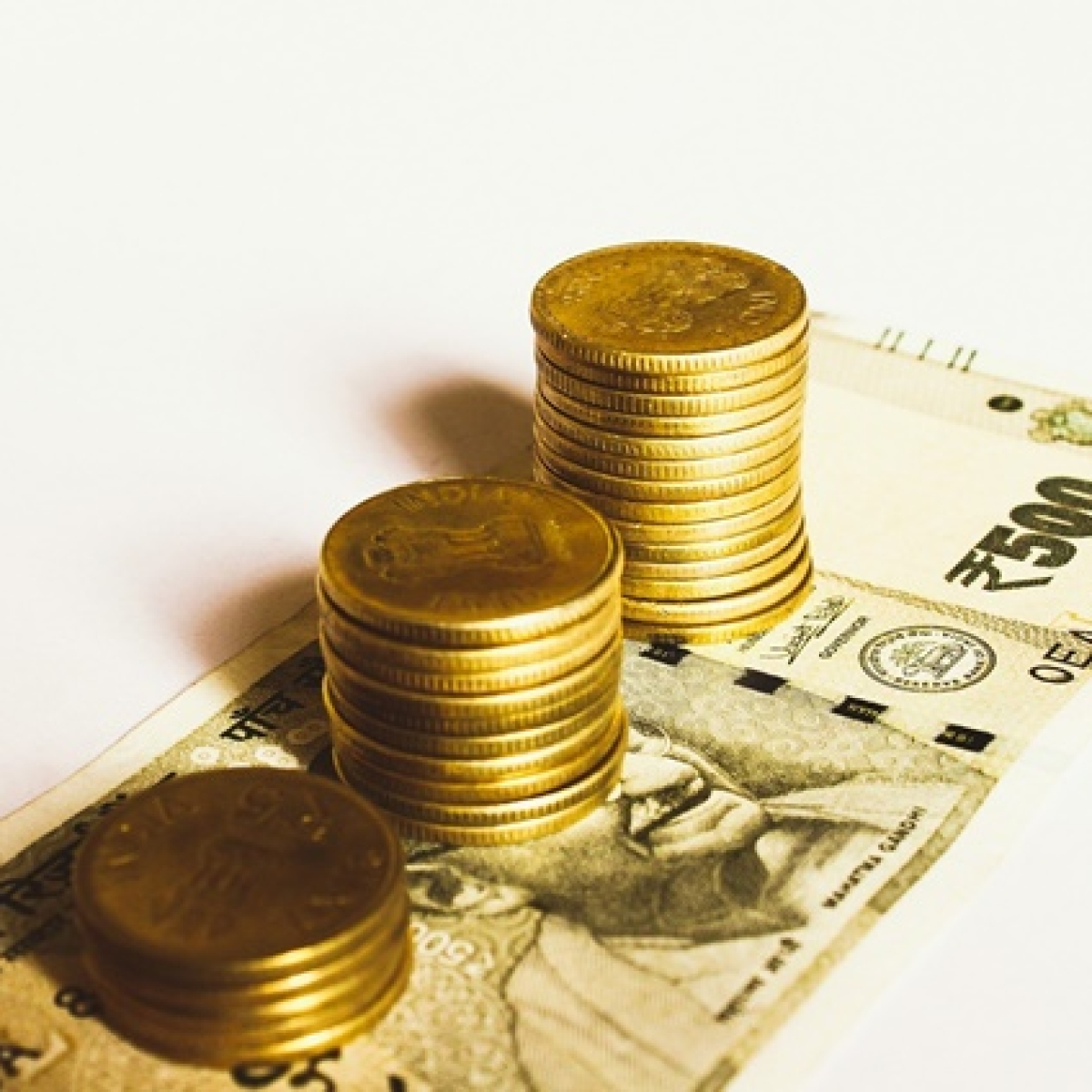 FPIs net buyers at Rs 14,649 cr in January