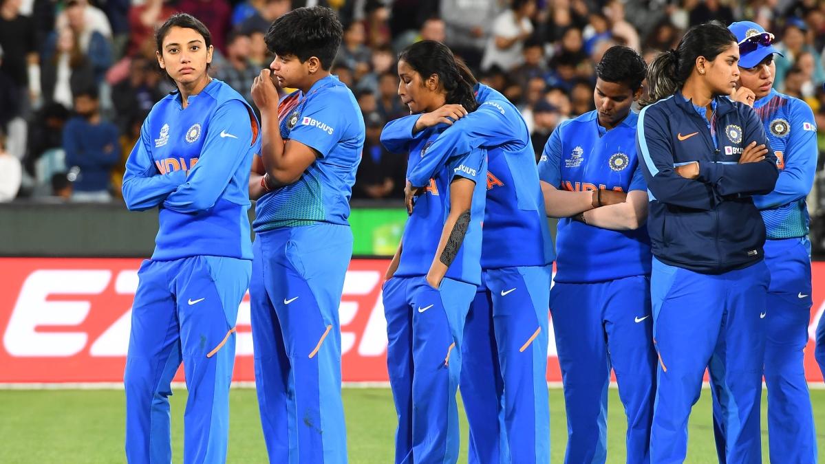 'Dil jeetne wala cricket khela humari ladkiyon ne': Twitter reacts after India lose to Australia in T20 World Cup final