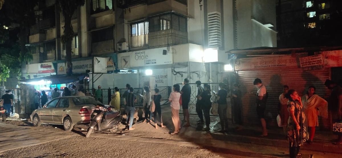 Panic buying in Mumbai after PM Modi announces 21-day lockdown