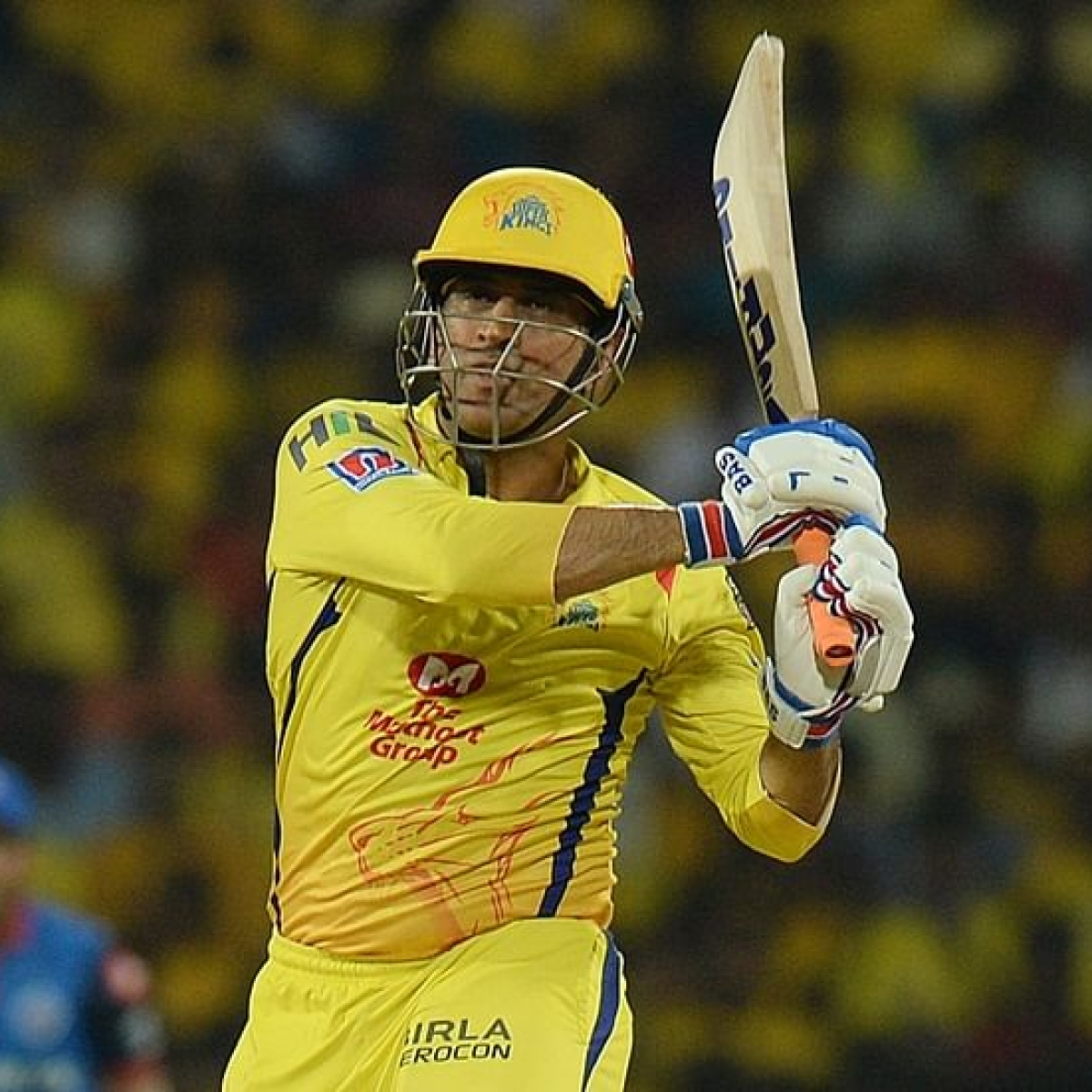 MS Dhoni leaves Chennai after IPL gets suspended due to coronavirus outbreak