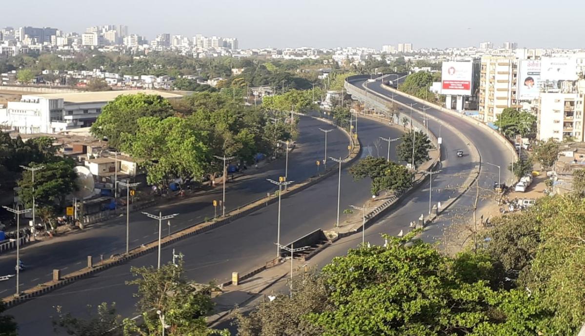 No vehicular traffic was on Santacruz western express highway. after Janta curfew commenced.