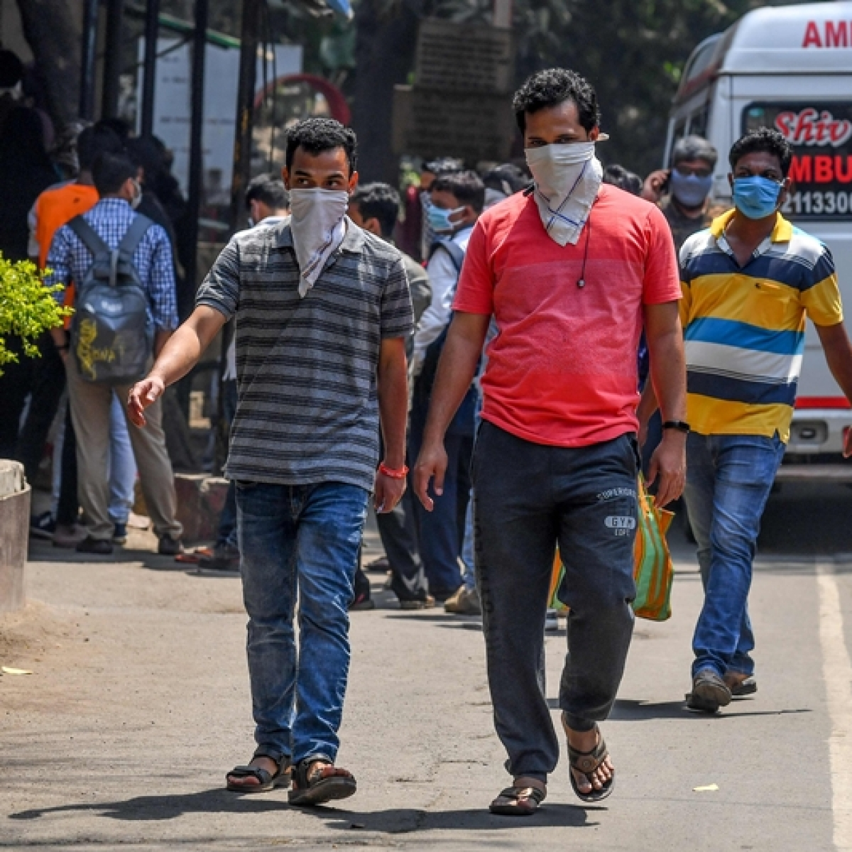 Latest coronavirus update: To ease virus testing, civic body categorises return travellers in Mumbai