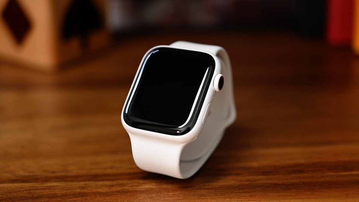 New Apple Watch to have foldable screen and many more features